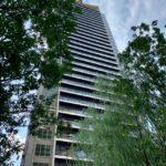 月島もんじゃストリート内のタワマン「MID TOWER GRAND」は10月31日に建設完了予定です